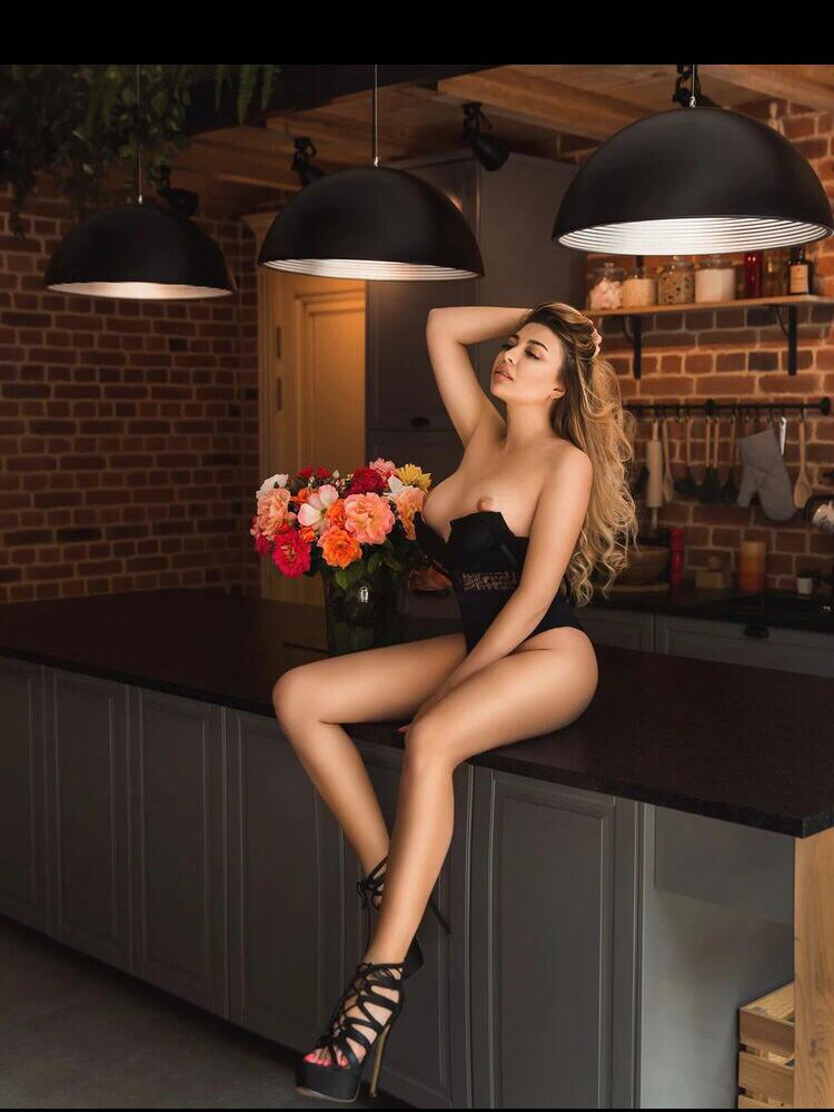 RUSSIAN VIP TOP GIRLS TOURS SOFIA 12