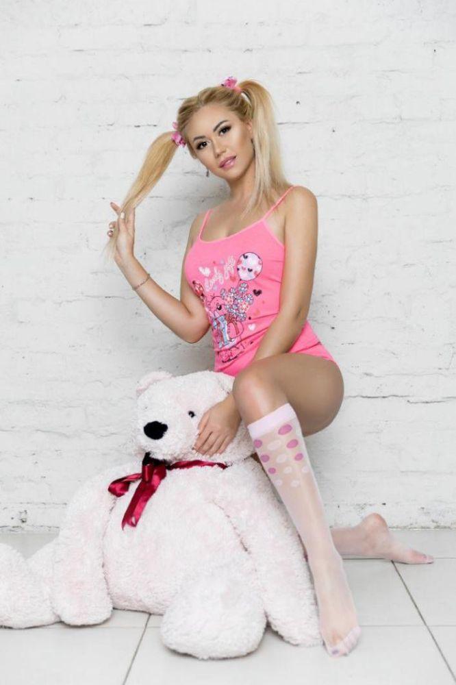 UKRAINIAN ATHENS MODEL GIRL KARLI 1